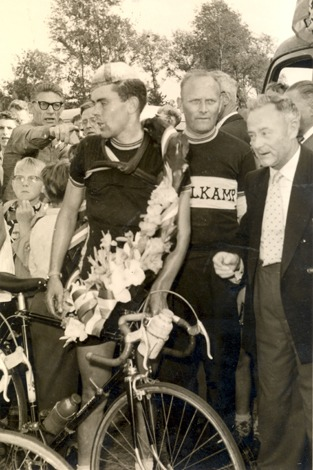 Historie_1957,Jo,d,Roo,1